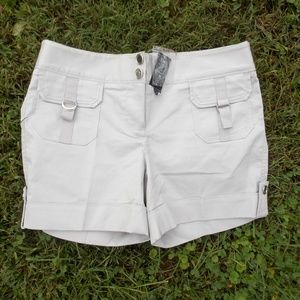 White House Black Market Shorts Size 2 NEW w/Tags